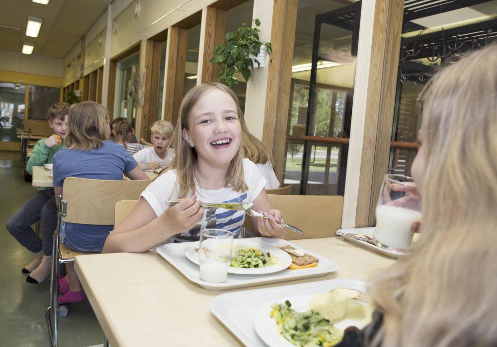 SuomiAreena 2021 keskustelu: Voiko koulu kasvattaa syömään hyvin?
